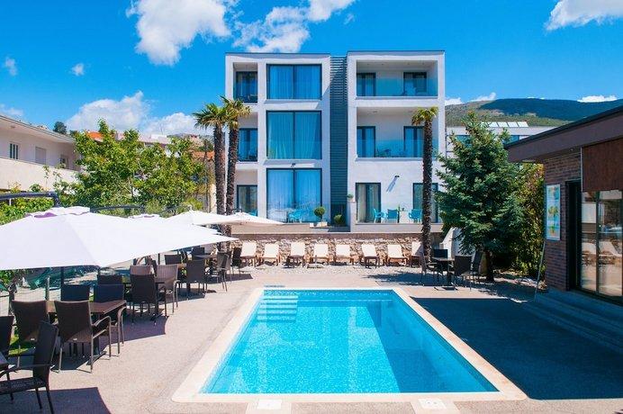 Hotel Villa bb Podstrana