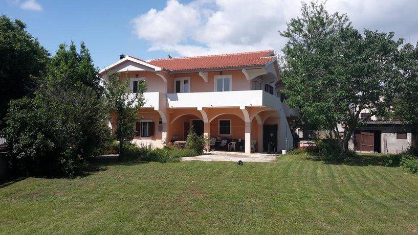 Holiday Home Villa Zadar