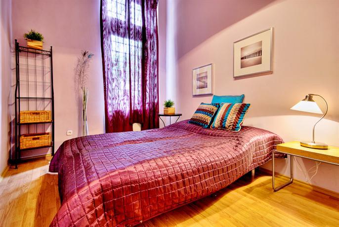 Central Capital Apartments - Vorosmarty 11
