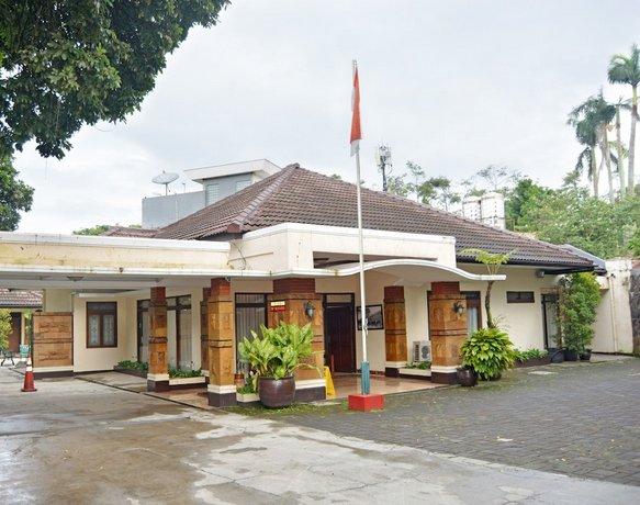 ZEN Rooms Sukajadi Sindang Sirna