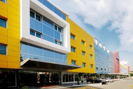 C'One Hotel Plaza