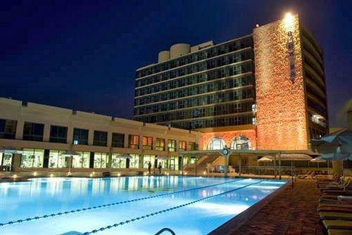 Blue Bay Hotel & Spa