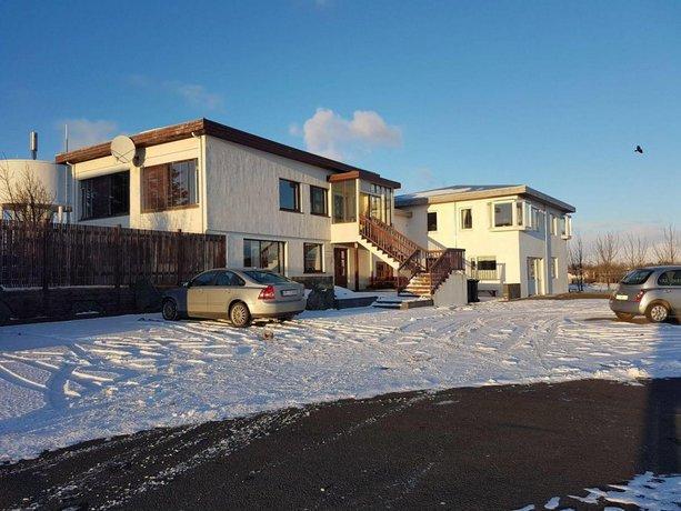 House on the hill Hofn
