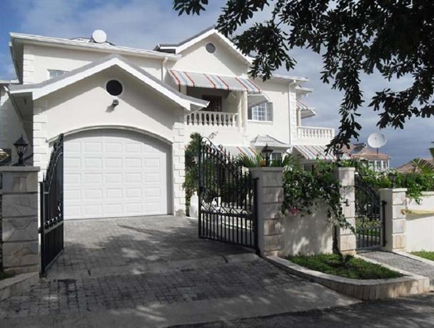 5 Br Seaview Villa With Pool - Ocho Rios