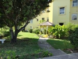3 Br Apartment - Ocho Rios