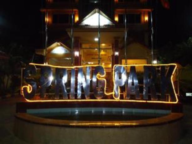 Spring Park Hotel Battambang