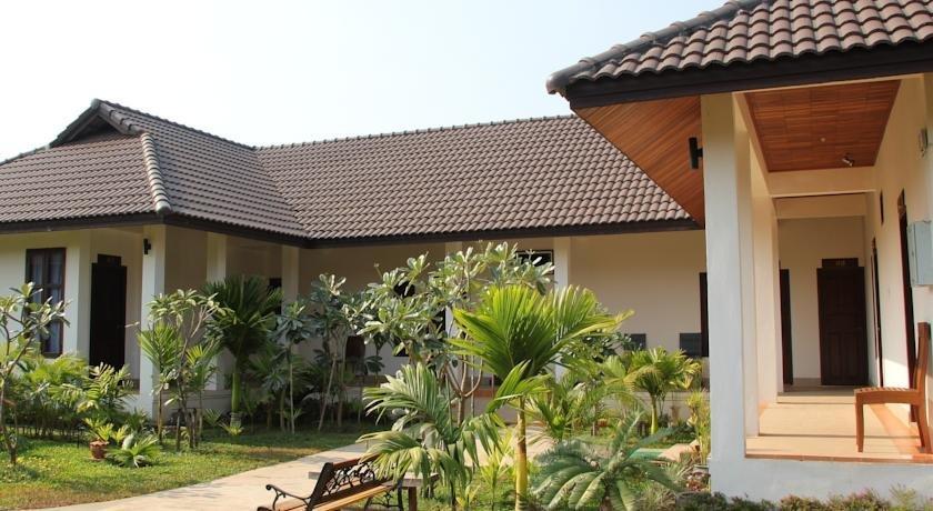 Villa Thakhek