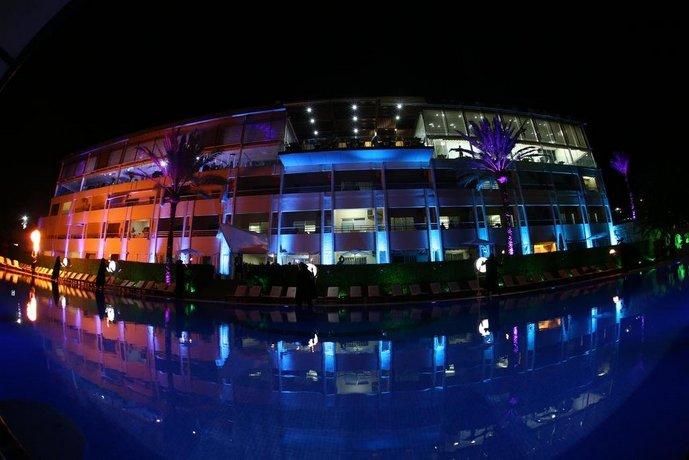 Ocean Blue Beach Resort Jbeil