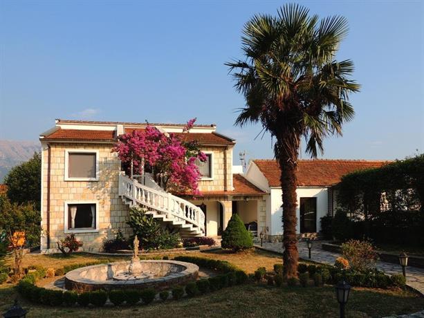 Leisure House Jovovic