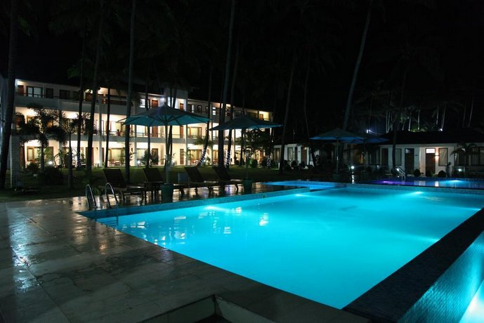 Hotel Lux Ngwesaung