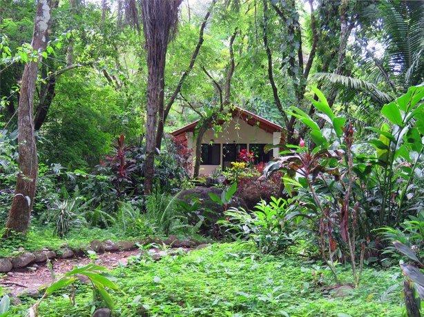 Cabanas Rio Encantado