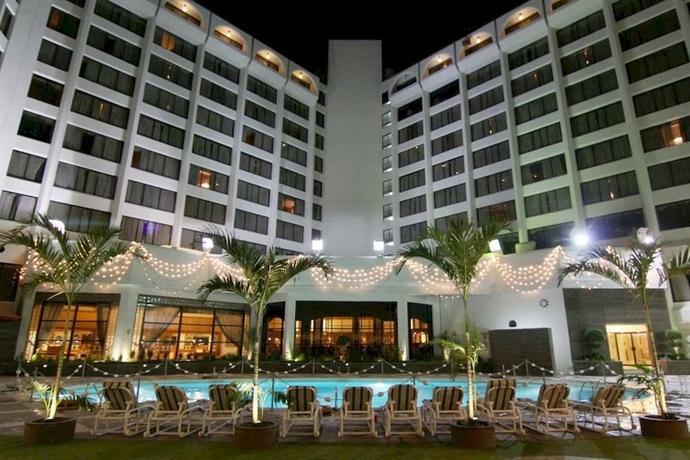 Regent Plaza Hotel & Convention Centre Karachi
