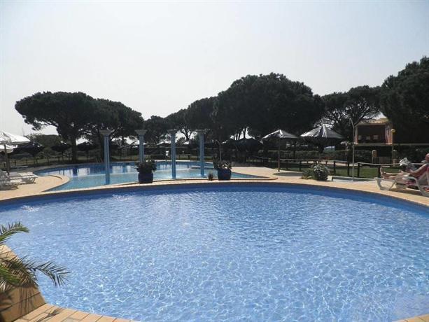 Bicos Beach Apartments AL by Albufeira Rental