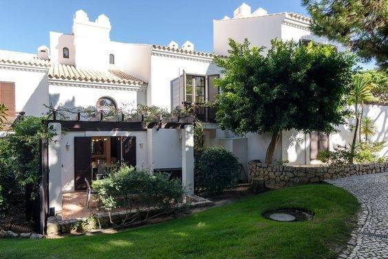 Casa Sarah-5 star resort in Falesia