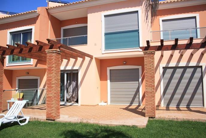 Excellent New Villa with 2 Bedrooms in Albufeira