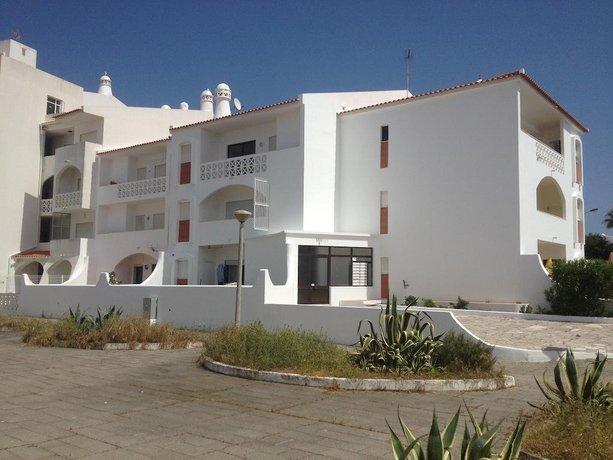 Alveiros Apartamentos Praia dos Aveiros