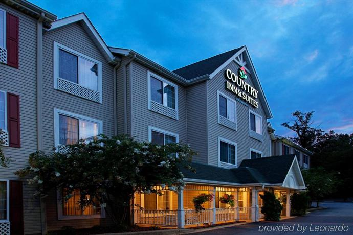 Country Inn & Suites by Radisson Asheville at Asheville Outlet Mall NC