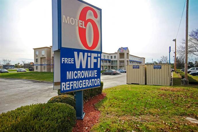 Motel 6 Columbus West Columbus