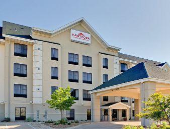 Country Inn & Suites by Radisson Cedar Rapids North IA