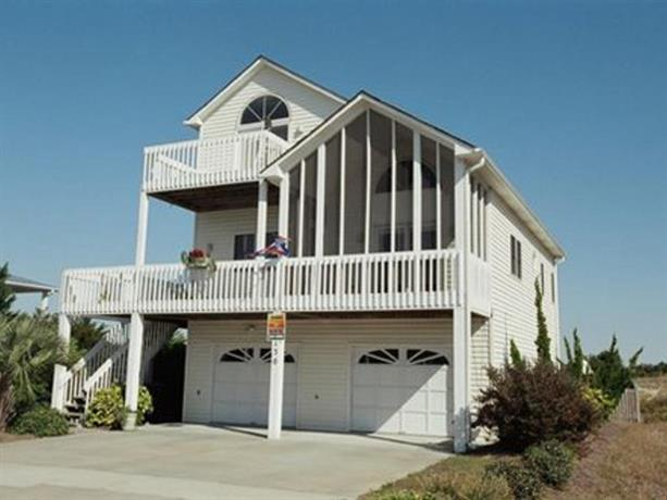 Scungilli Sunset 3 Br home by RedAwning