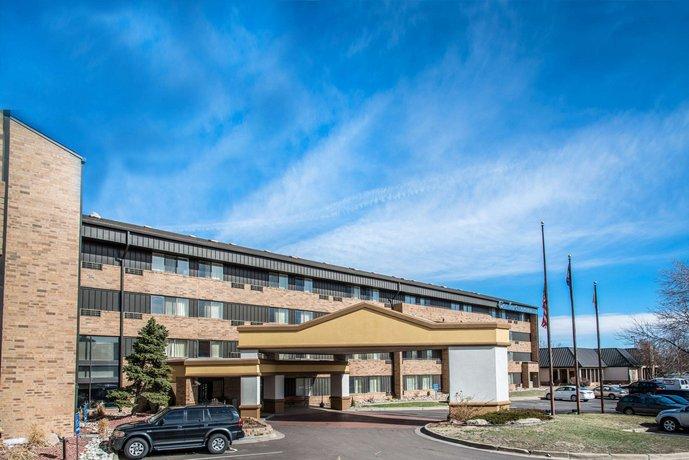 Comfort Inn & Suites Denver