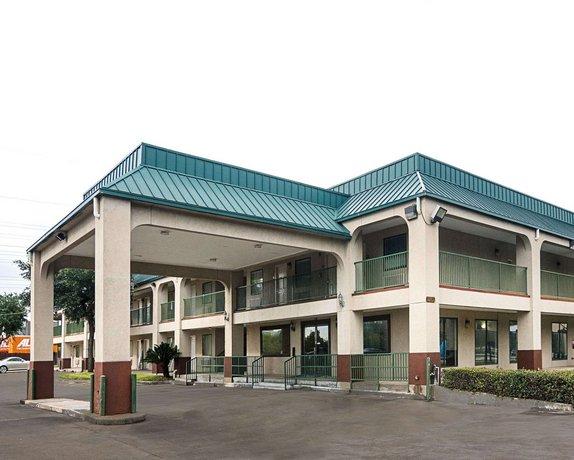 Rodeway Inn and Suites Hwy 290
