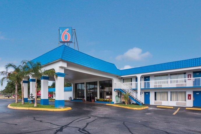 Motel 6 Daytona Beach