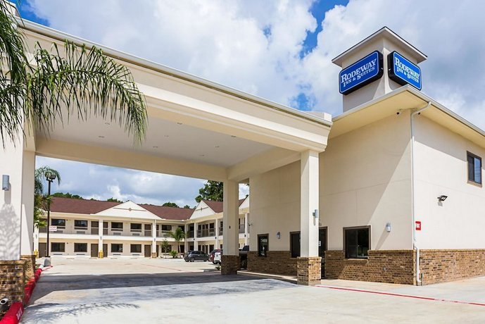 Rodeway Inn & Suites Houston - I-45 North near Spring