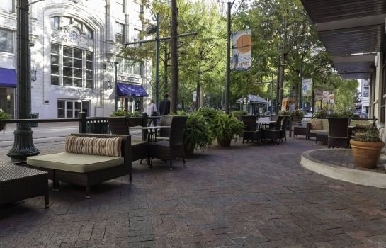 Courtyard Memphis Downtown