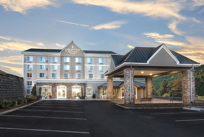 Country Inn & Suites by Radisson Asheville Downtown Tunnel Road Biltmore Estate NC