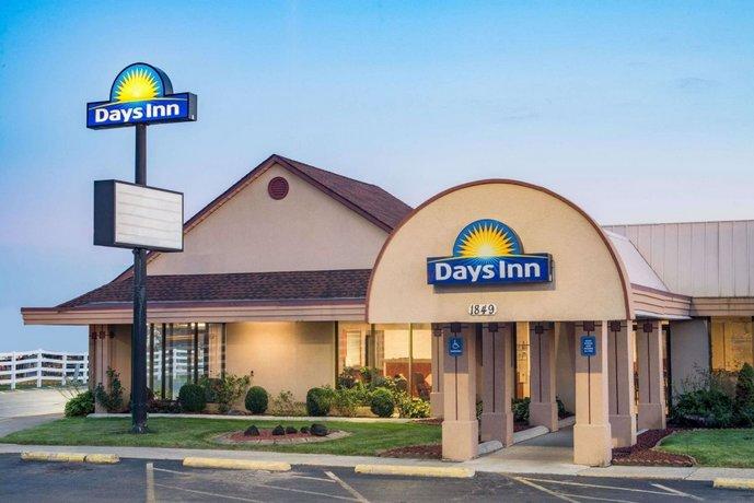 Days Inn by Wyndham Grove City Columbus South