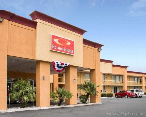 Econo Lodge Choice Hotels- Sav I-95