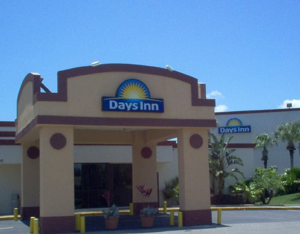Days Inn by Wyndham Orlando Conv Center International Dr