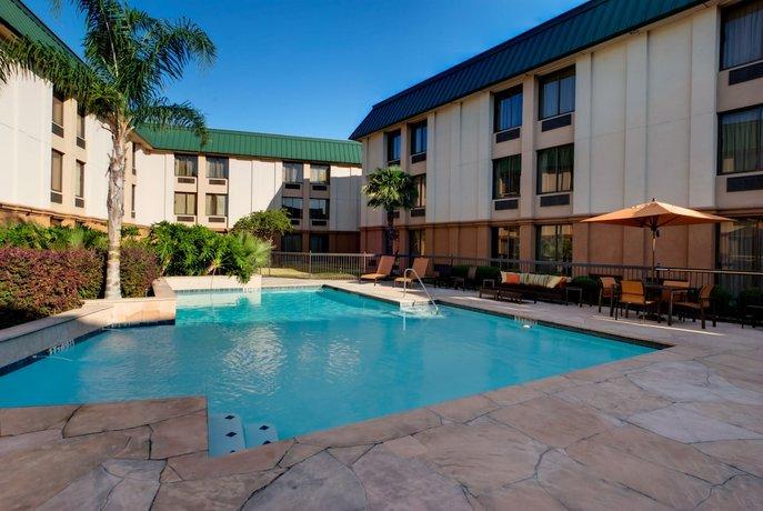 Courtyard Houston Brookhollow
