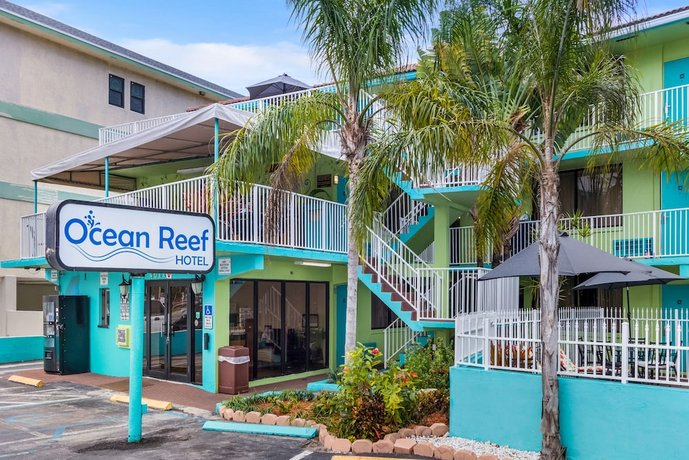Travelodge by Wyndham Fort Lauderdale Beach