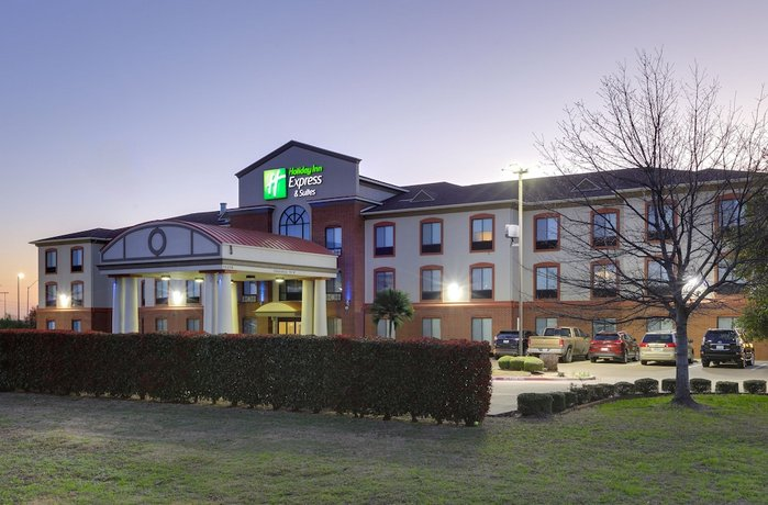 Holiday Inn Express Hotel & Suites Burleson/Ft Worth