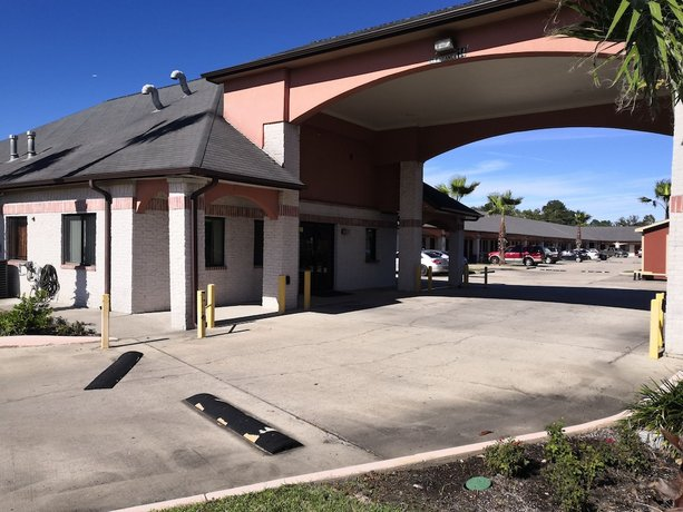 Rodeway Inn and Suites Houston