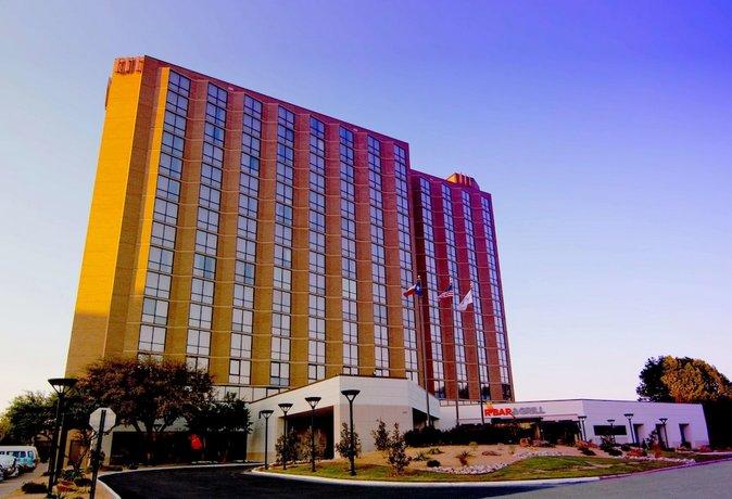 Hilton Arlington Hotel