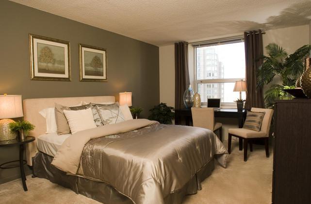 Grand Plaza Luxury Apartments Chicago