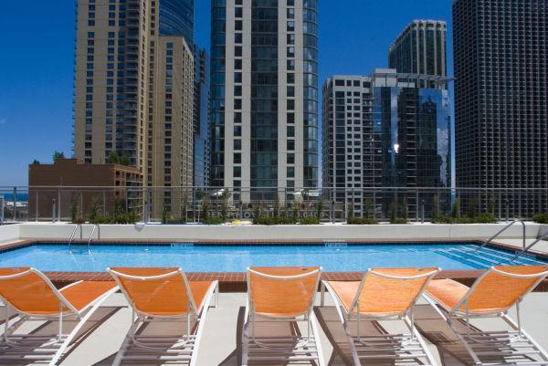 Oakwood Apartments At The Tides Chicago