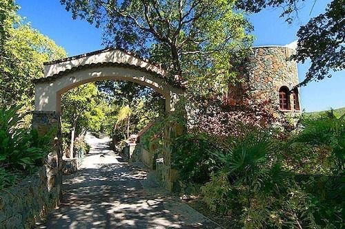 Peter Bay Gatehouse