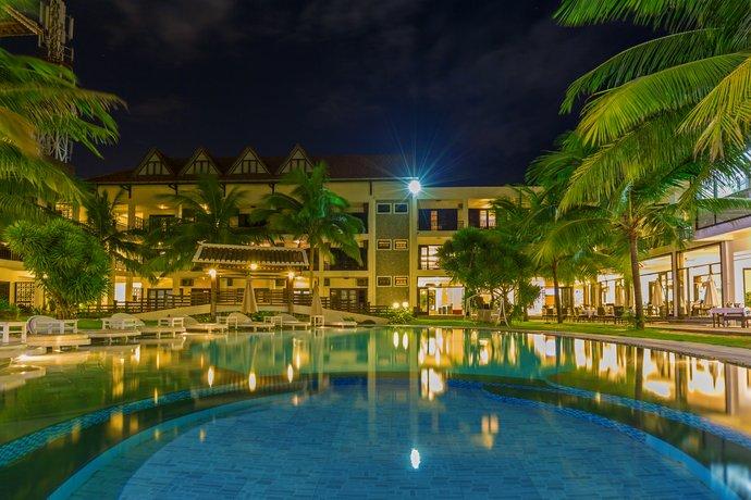 River Beach Resort & Residences